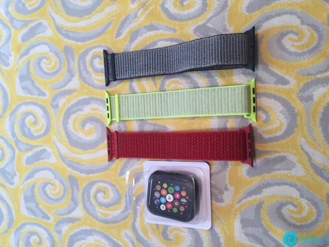 Prodam Apple Watch 4 44mm -- kot nova -- možne menjave