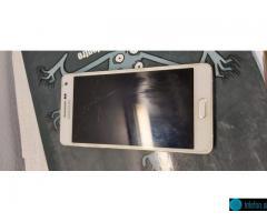 Prodam Samsung Galaxy A5 (2015)